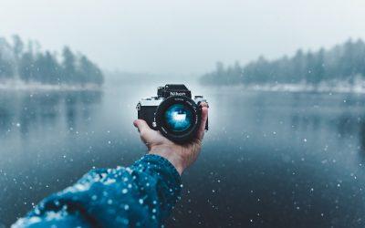Aparat fotograficzny kompaktowy kontra lustrzanka